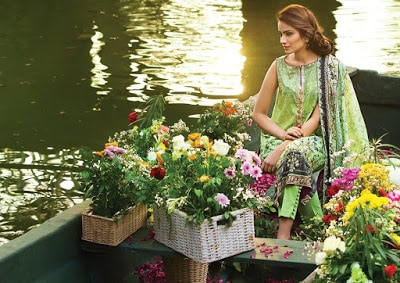 Alkaram-summer-printed-lawn-dresses-collection-for-girls-10