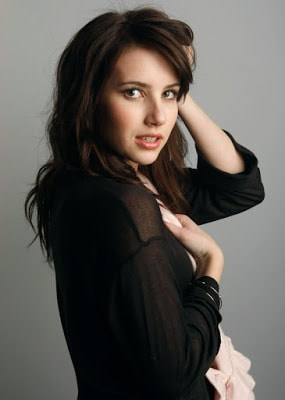 Hollywood-sexy-actress-emma-roberts-hottest-pictures-and-images-9