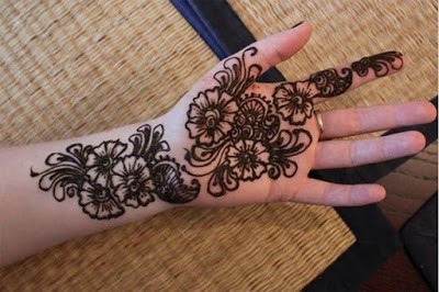 Easy and Simple Mehndi Designs for Kids Hands 2018