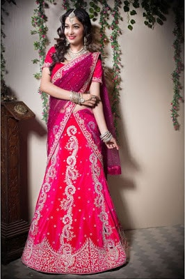 Traditional-indian-bridal-wear-lehenga-designer-collection-2017-4