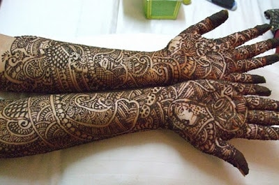 beautiful-mehndi-designs-pictures-for-hands