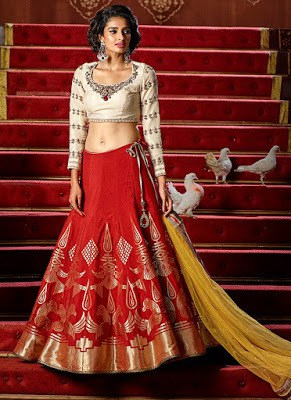 Indian-designer-bridal-lehenga-saree-fashion-trends-for-girls-5