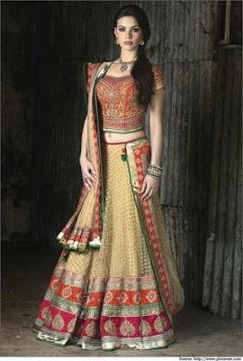 Indian-wedding-lehenga-blouse-designs-2017-for-bridal-6