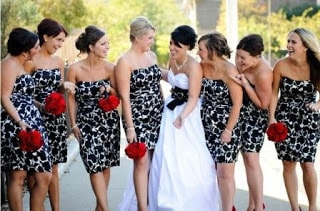 Most-bridesmaid-dresses-that-will-make-you-gasp-10