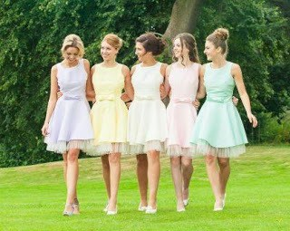 Most-bridesmaid-dresses-that-will-make-you-gasp-9