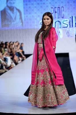Ali-xeeshan-victory-collection-2017-at-pfdc-sunsilk-fashion-week-10