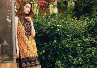 Alkaram-summer-cardinal-regal-2017-embroidered-lawn-collection-1