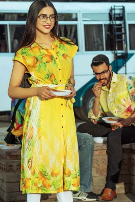 Gul-ahmed-summer-lawn-2017-dresses-yolo-collection-12