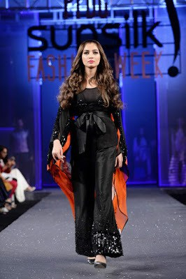 Hsy-paranoia-collection-2017-at-pfdc-sunsilk-fashion-week-12