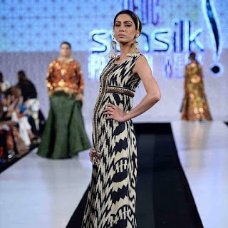 Khadi-khas-collection-at-pfdc-sunsilk-fashion-week-2017-5