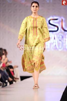 Misha-lakhani-caravan-collection-at-pfdc-sunsilk-fashion-week-2017-7
