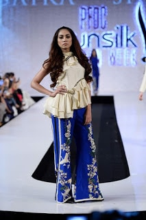 Saira-shakira-jie-collection-2017-at-sunsilk-fashion-week-13