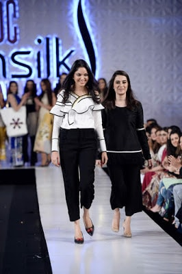 Saira-shakira-jie-collection-2017-at-sunsilk-fashion-week-3