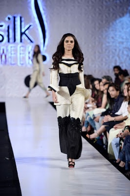 Saira-shakira-jie-collection-2017-at-sunsilk-fashion-week-7