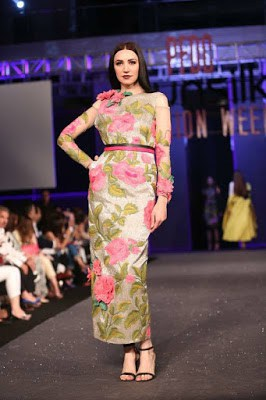 Sana-safinaz-collection-2017-at-sunsilk-fashion-week-1