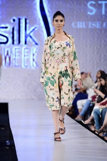 Sania-maskatiya-cruise-collection-pfdc-sunsilk-fashion-week-2017-14