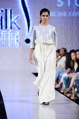 Sania-maskatiya-cruise-collection-pfdc-sunsilk-fashion-week-2017-15