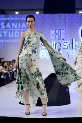 Sania-maskatiya-cruise-collection-pfdc-sunsilk-fashion-week-2017-7