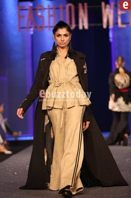 Sapphire-collection-totem-at-pfdc-sunsilk-fashion-week-2017-5