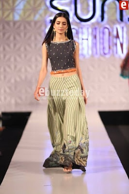 So-kamal-collection-2017-at-pfdc-sunsilk-fashion-week-4