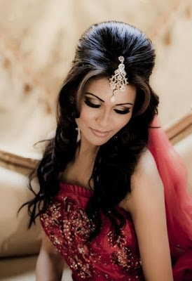 Stylish-indian-bridal-hairstyles-that-perfect-for-wedding-3