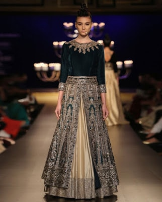 Top-indian-lehenga-blouse-designs-2017-by-manish-malhotra-9