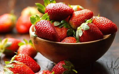 Health-Features-about-Strawberries