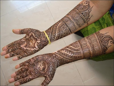 Latest-&-stunning-punjabi-mehendi-designs-2017-for-girls-4