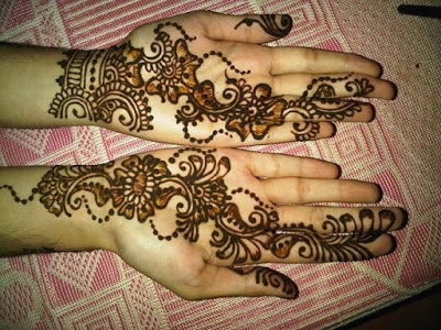 Latest-&-stunning-punjabi-mehendi-designs-2017-for-girls-6