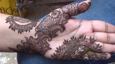 New-style-arabic-eid-mehndi-designs-2017-for-upcoming-eid-11