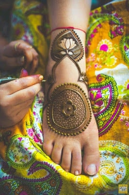 New-style-arabic-eid-mehndi-designs-2017-for-upcoming-eid-7