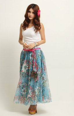 Stylish-summer-skirts-for-women-to-beat-the-heat-7