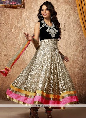 Traditional-ethnic-wear-indian-wedding- dresses-for-women-6