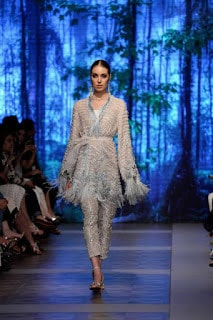 Sana-safinaz-new-style-the-last-of-the-night-plbw17-collection-4