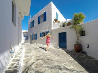 Smoothie-bikini-guide-greece-visit-island-cyclades-paros-naoussa-6