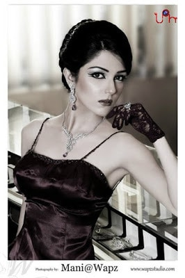 Actress-maya-ali-first-bold-photoshoot-for-fazal-jewellers-8