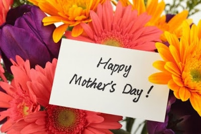 heartfelt mother's day message with flowers