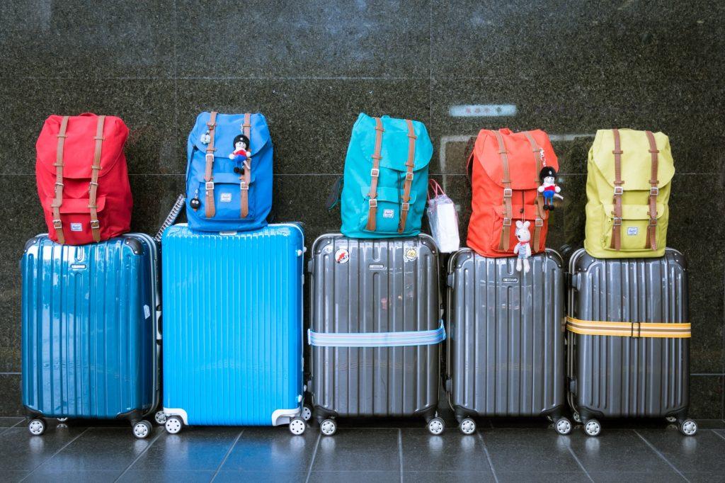 Luggage & Packbacks
